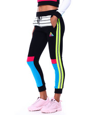 Athleisure for Women - Pyramid Elements Jogger-2423264