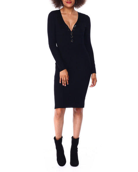 Almost Famous - Rib Vnk Henley Midi Dress W/ Horn Buttons