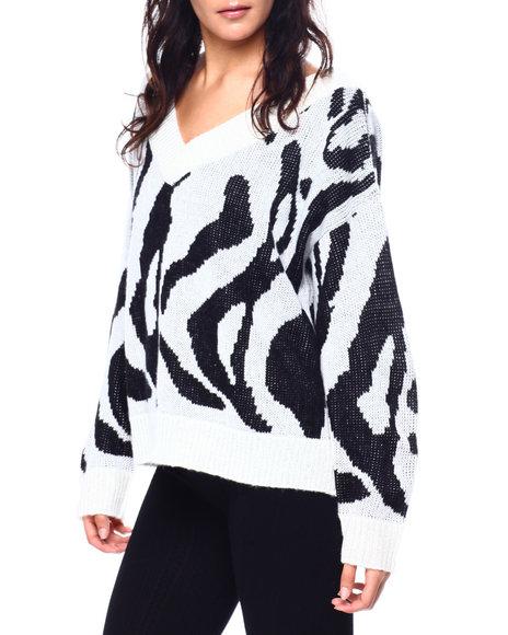 Fashion Lab - V-Neck Animal Print Rib Trim Sweater