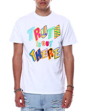 Men - TRUTH IS OUT THERE Tee-2472364