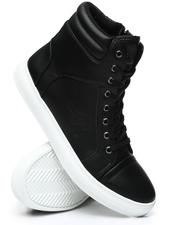 Buyers Picks - Fashion Sneakers-2476838