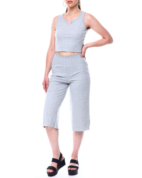 Fashion Lab - Rib S/L Slit Front Top & Smocked Waistband Rib Capri Set