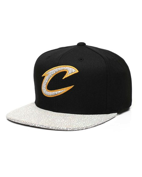 Mitchell & Ness - Cleveland Cavaliers Cracked Iridescent Snapback Hat