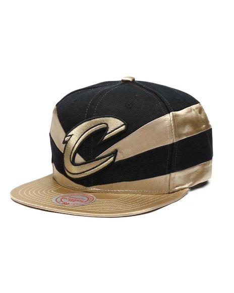 Mitchell & Ness - Cleveland Cavaliers Slash Snapback Hat