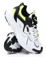 Trigate Plus Sneakers