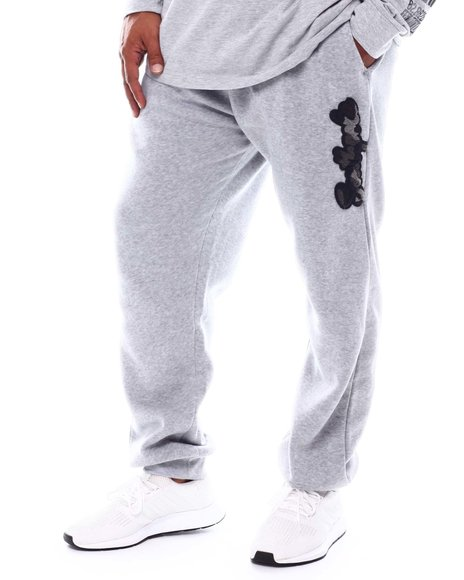 Southpole - Camo Chenille Patch Fleece Joggers (B&T)