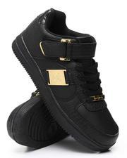 Buyers Picks - Vintage Sneakers-2559109