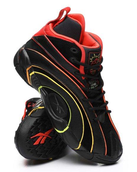 Reebok - Reebok x Hot Ones Shaqnosis Sneakers