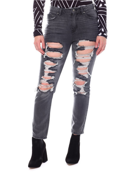 Almost Famous - Distressed Jeans