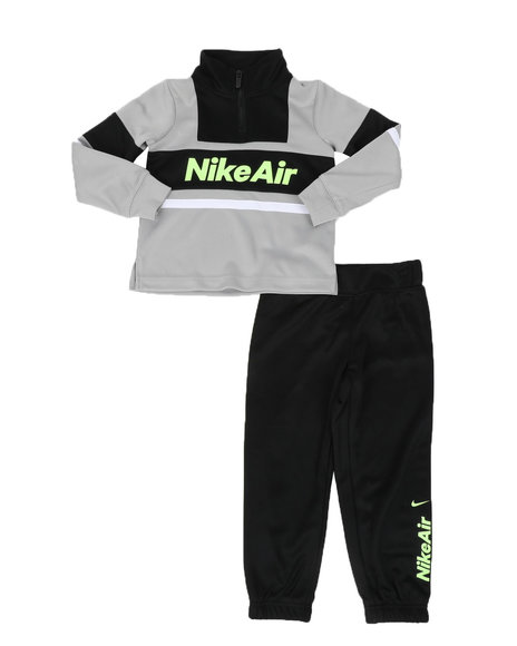 Nike - 2 Pc Nike Air Color Block Half Zip Pullover & Jogger Pants Set (4-7)