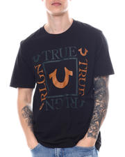True Religion - SS Square Logo Crew-2588316