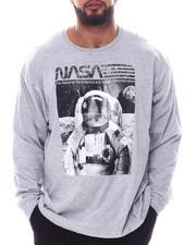 Men - NASA Astro On The Moon Long Sleeve T-Shirt (B&T)-2592172