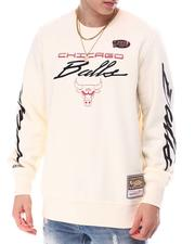 Sweatshirts & Sweaters - CHICAGO BULLS Flames Racing Crewneck-2607419