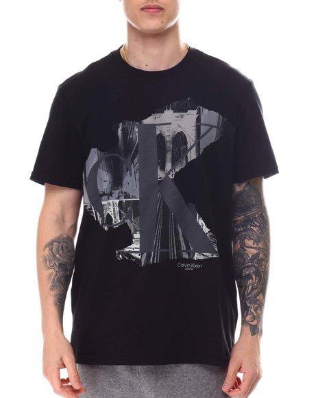 Calvin Klein - SS MULTI CITYSCAPE CREW