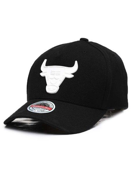 Mitchell & Ness - Chicago Bulls Casper Redline Precurve Snapback Hat