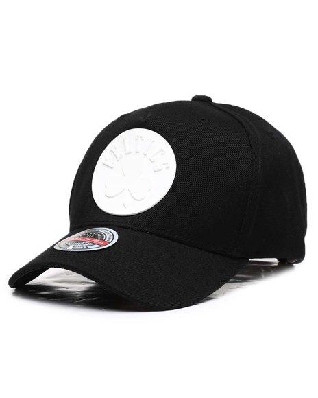 Mitchell & Ness - Boston Celtics Casper Redline Precurve Snapback Hat