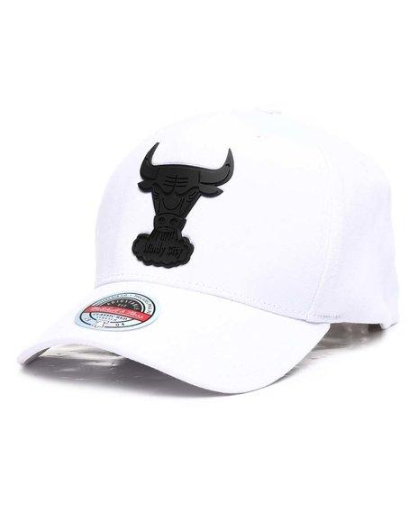 Mitchell & Ness - Chicago Bulls Casper Redline Precurve HWC Snapback Hat