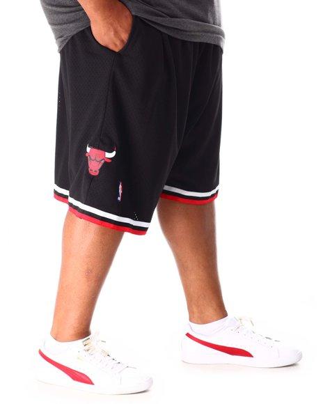 Mitchell & Ness - Bulls 96 97 Swingman Shorts (B&T)