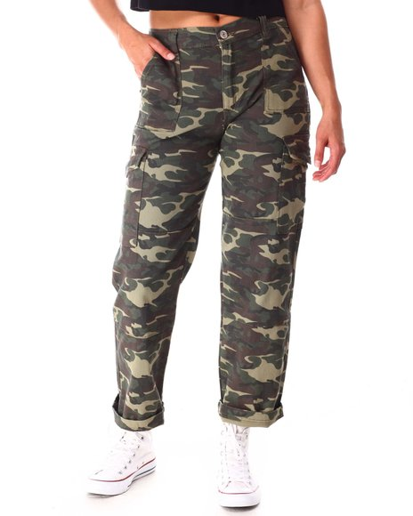 Almost Famous - Camo Cargo Pants