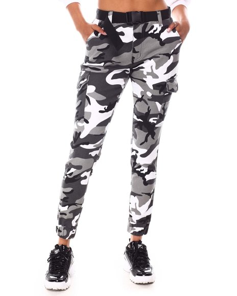 Fashion Lab - Belted Camo Jogger