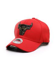 Hats - Chicago Bulls Golden Black Stretch Snapback Hat-2670817