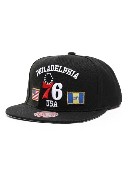 Mitchell & Ness - Philadelphia 76ers USA City Pride Snapback Hat