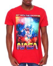 Akademiks - NASA Floating Astronaut GRAPHIC Tee-2681380